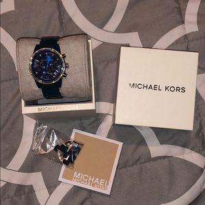 Michael Kors Accessories - Gorgeous MK Watch 💕💕💕
